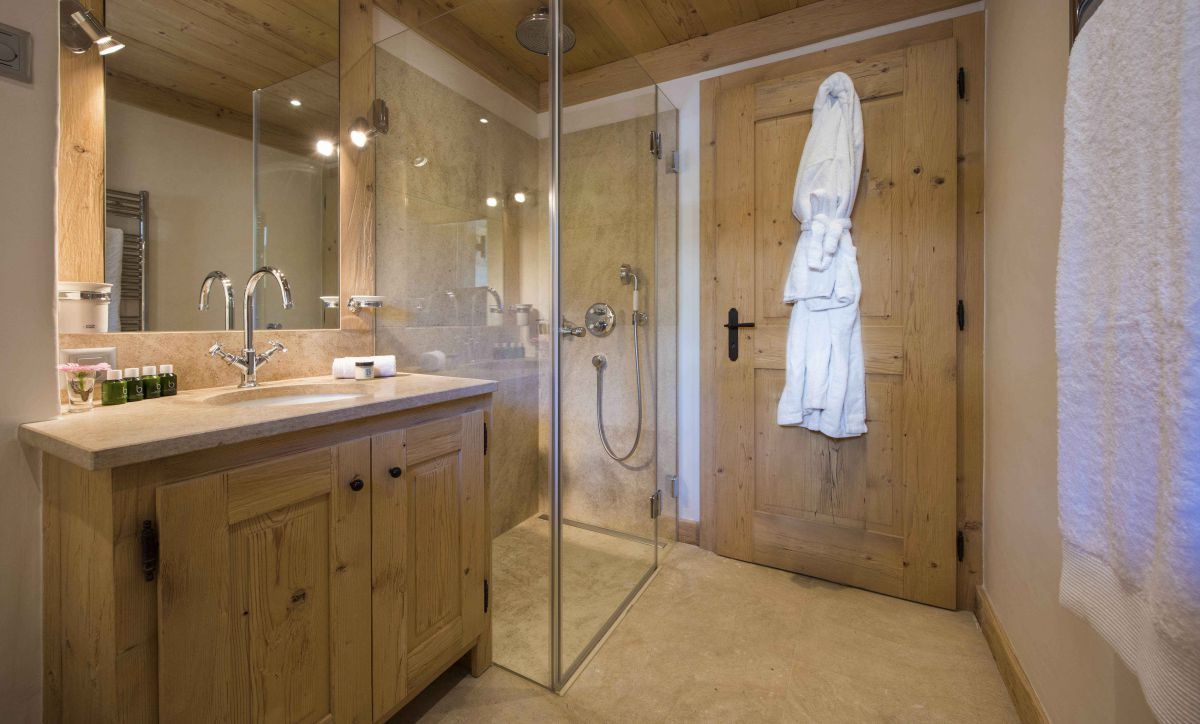 chalet-sherwood-shower-room
