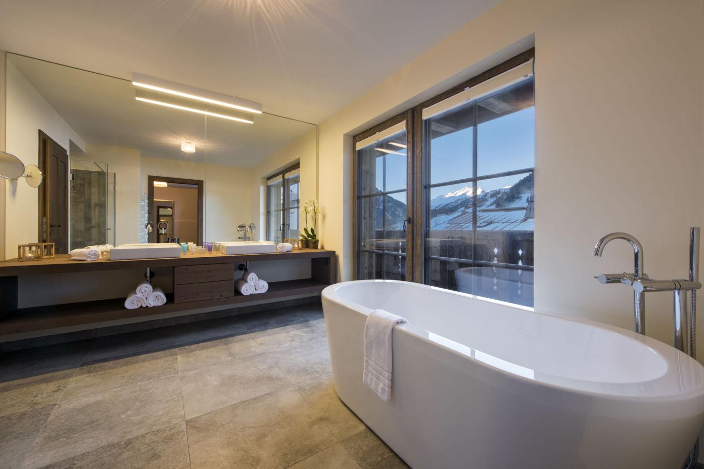 kanzi-bathroom