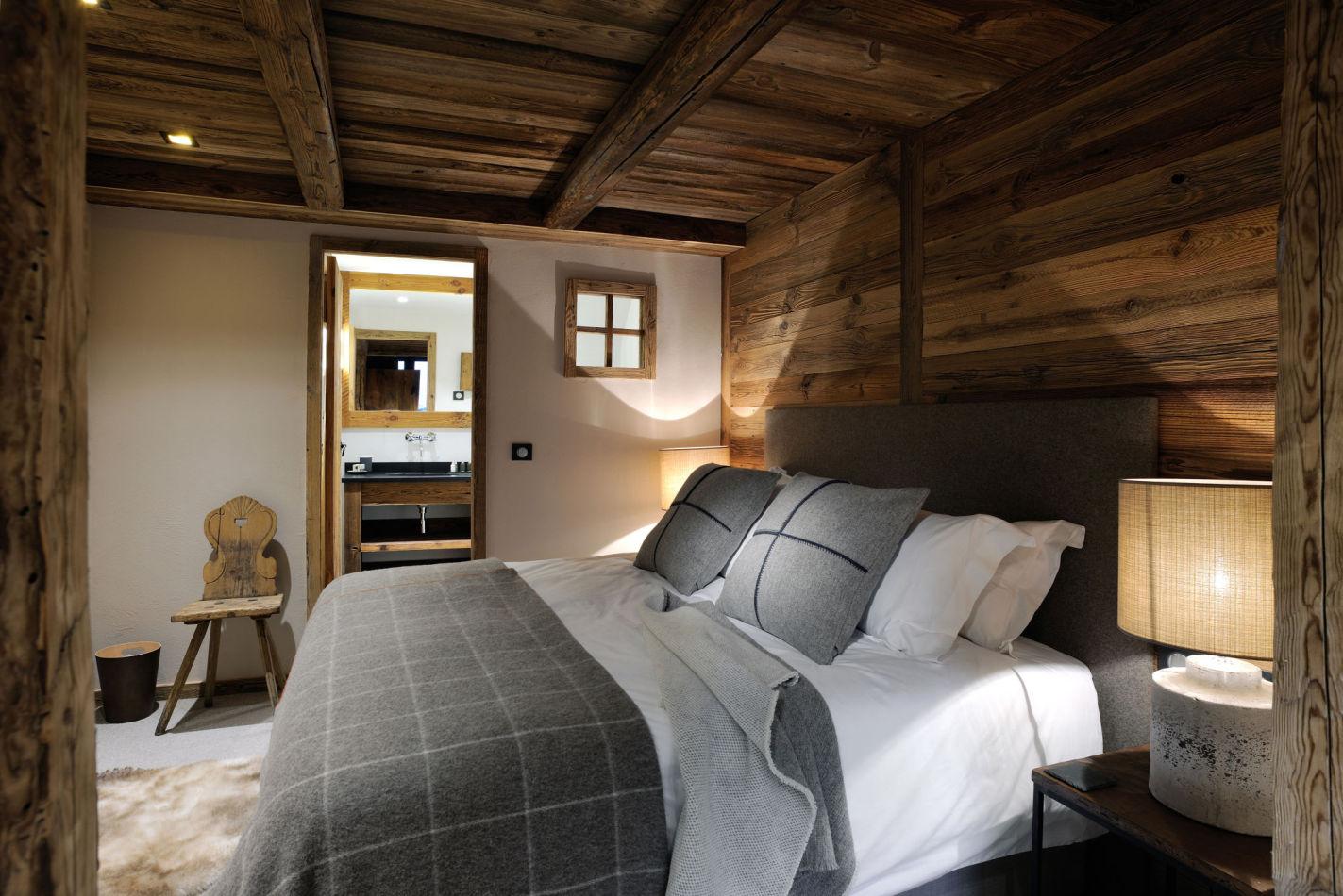 13-bedroom-4
