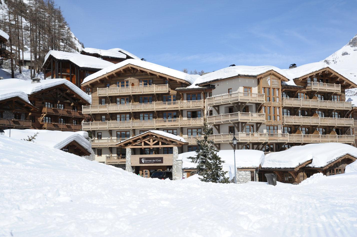 2-exterieur-de-lho%cc%82tel-n2-hotel-exterior-copie
