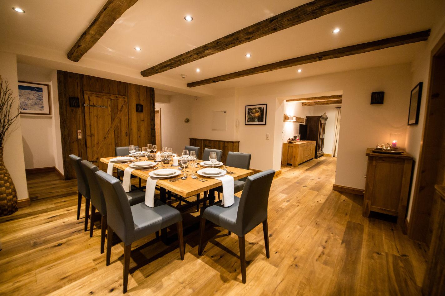 53-dining-room