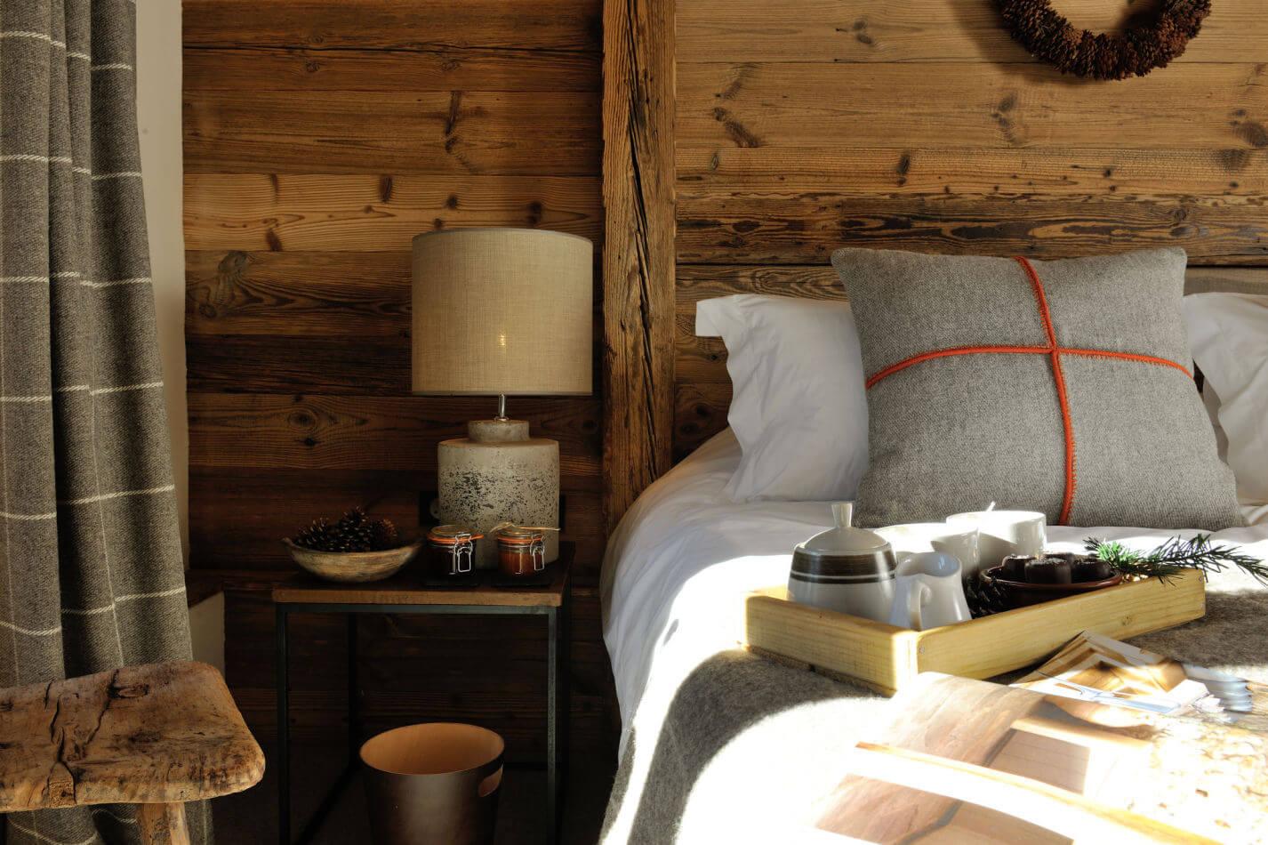 9-bedroom-1-detail
