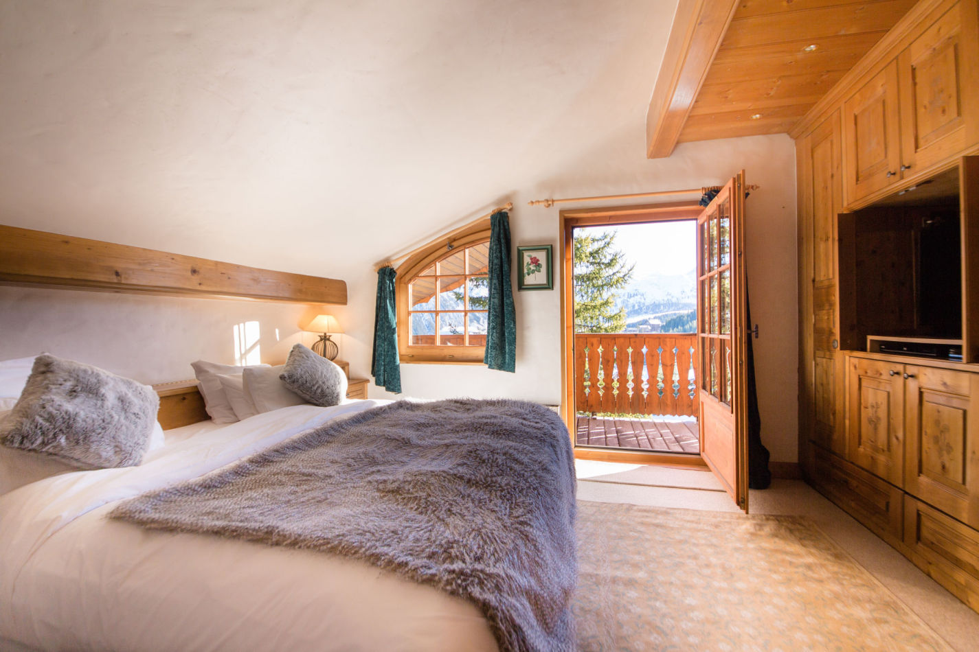 chalet-maisonnee-a-bedroom-image-3