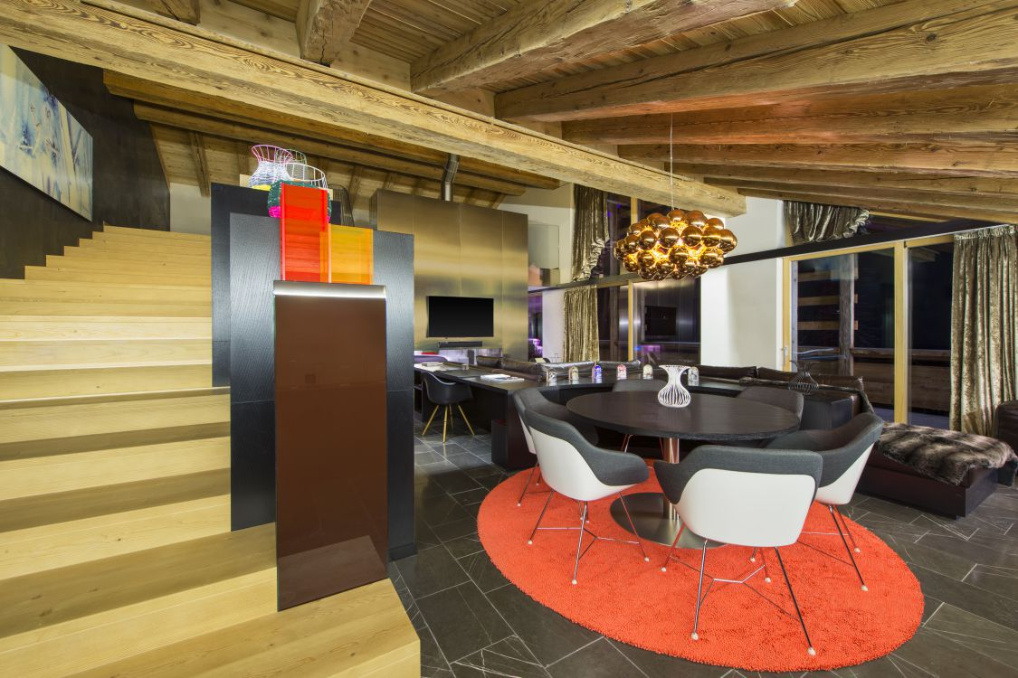 ewow-suite-lounge-2