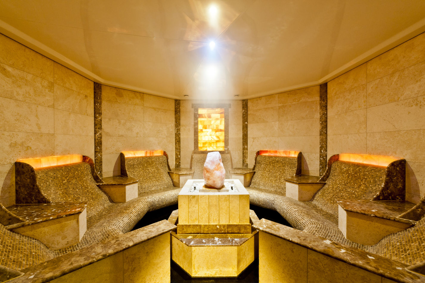 le-grand-spa_himalayan-salt-grotto