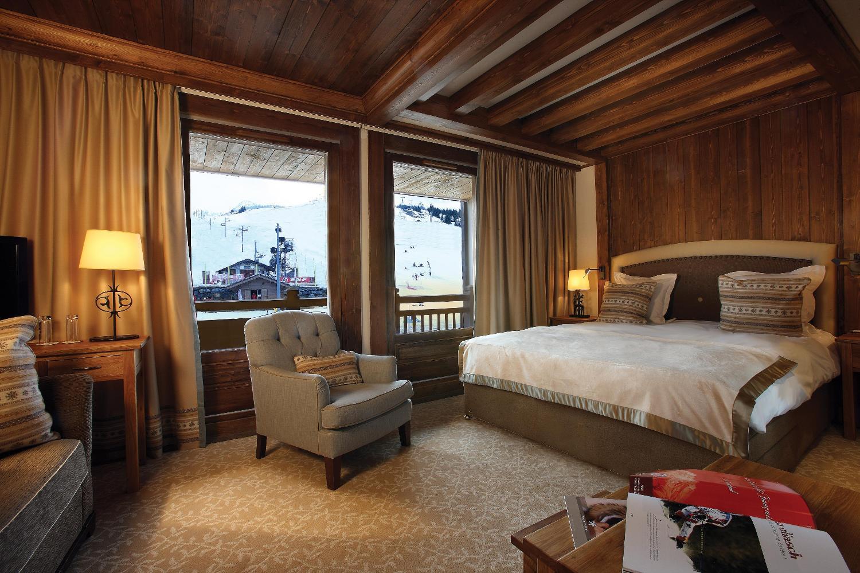 le_portetta_hotel_family_room_12181_med