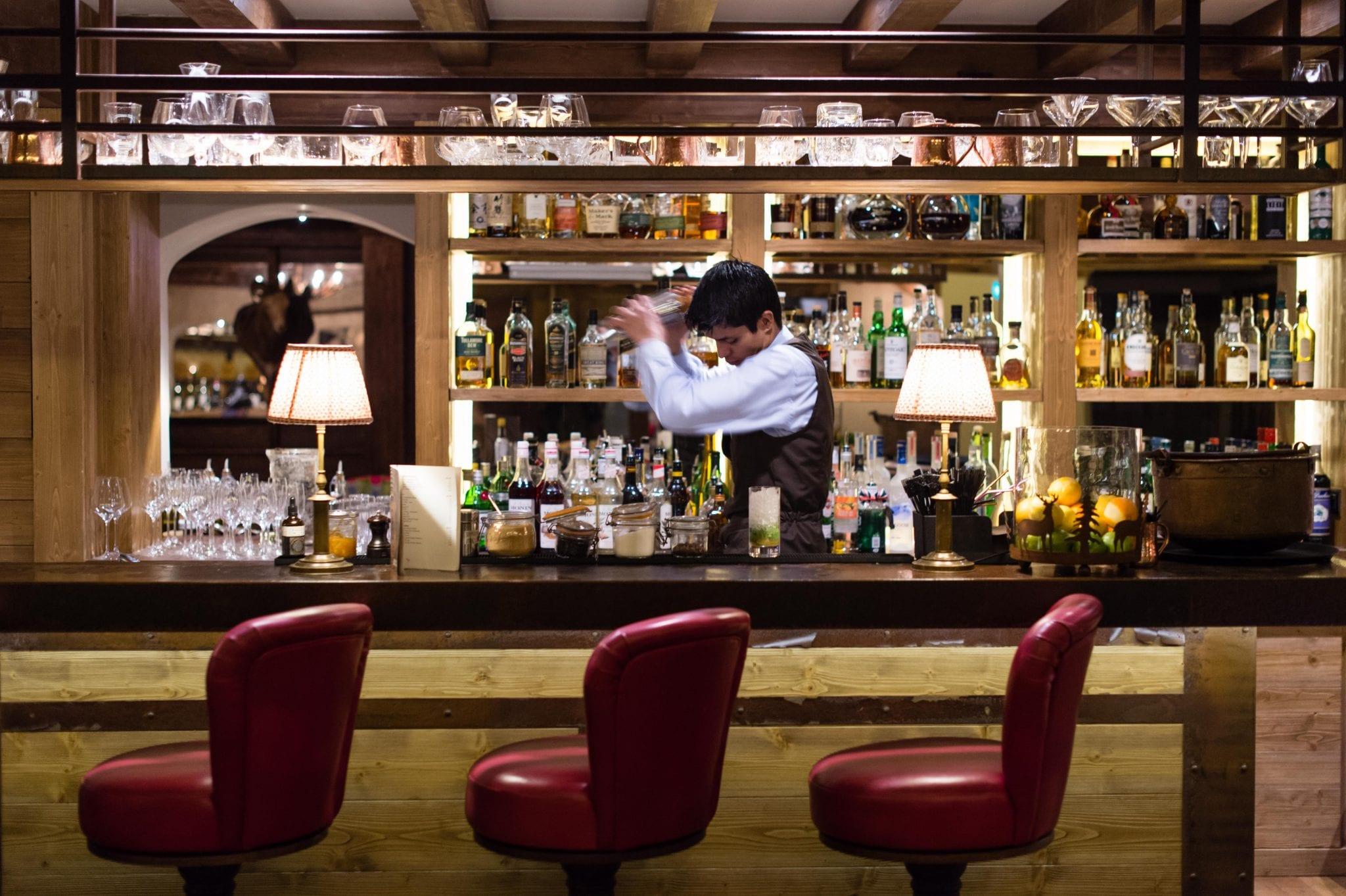 portetta-barman-amy-murrell