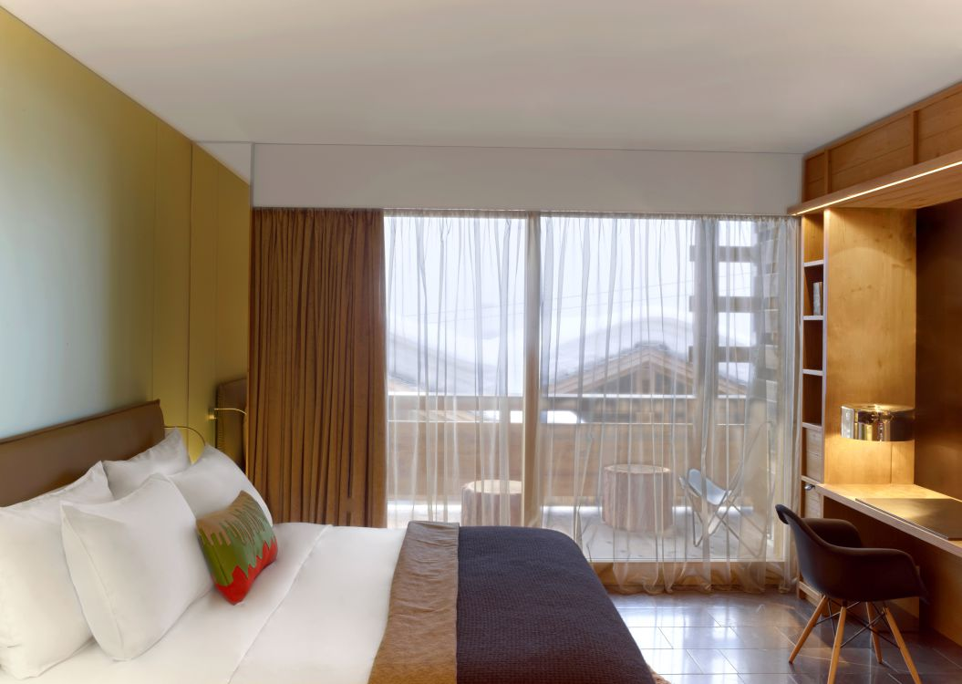 spectacular-room