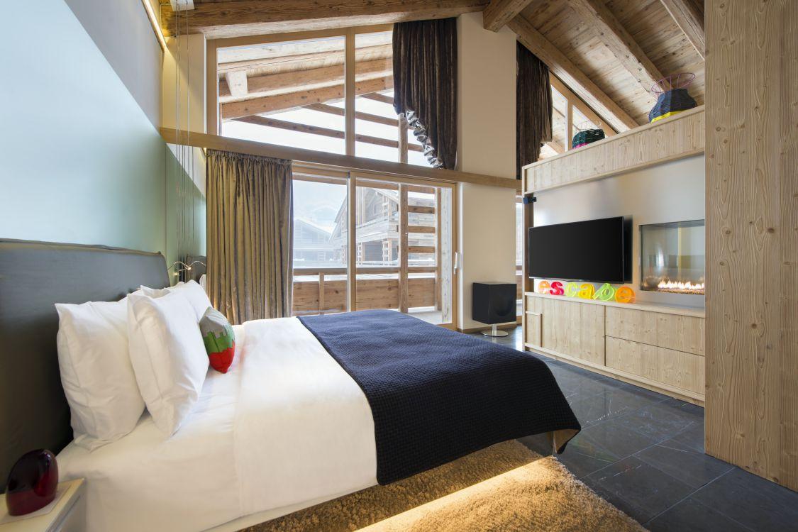 spectacular-suite-bedroom-3