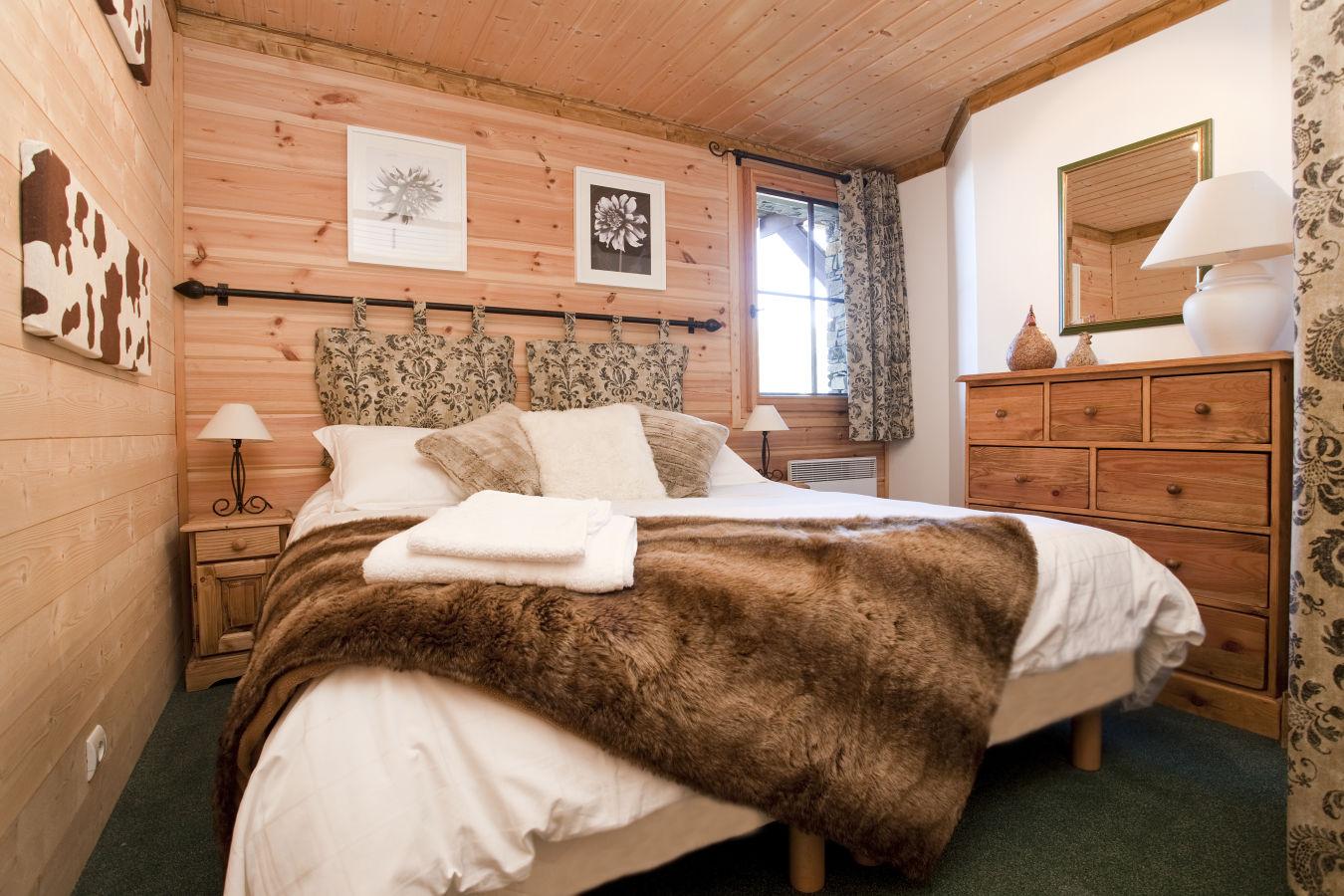 bedroom-1a