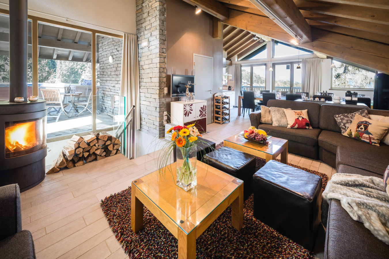 elangeni-living-room