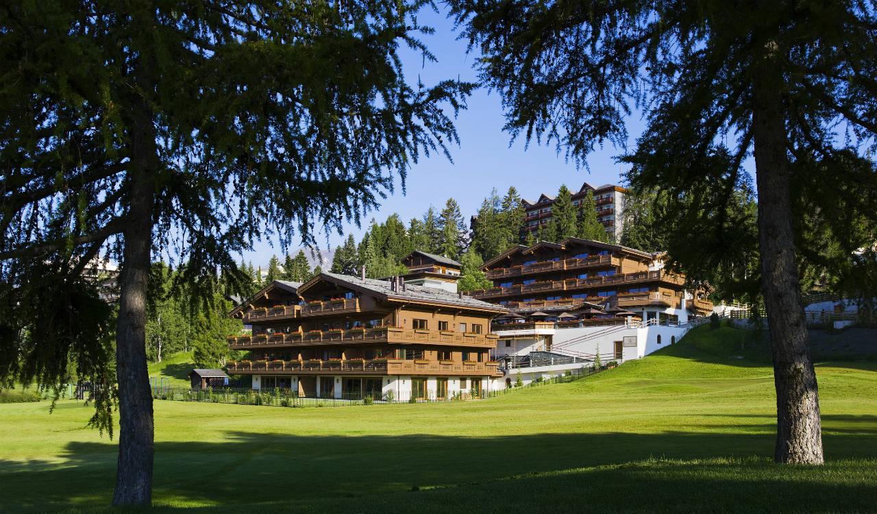 hotel-crans-montana-exterior