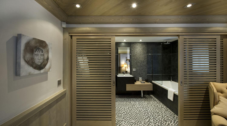 bedroom-white-pearl-11
