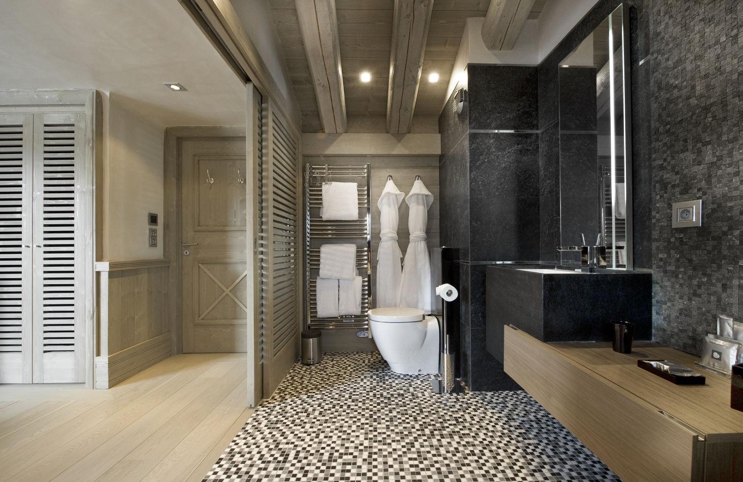 bedroom-white-pearl-3-2