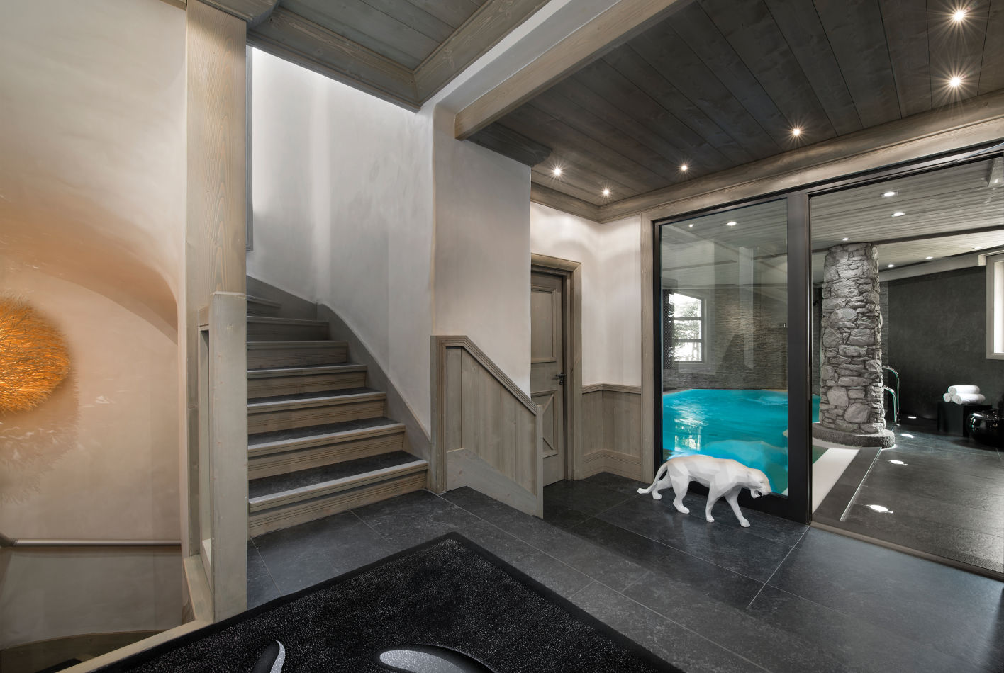 entrance-swimming-pool-white-pearl