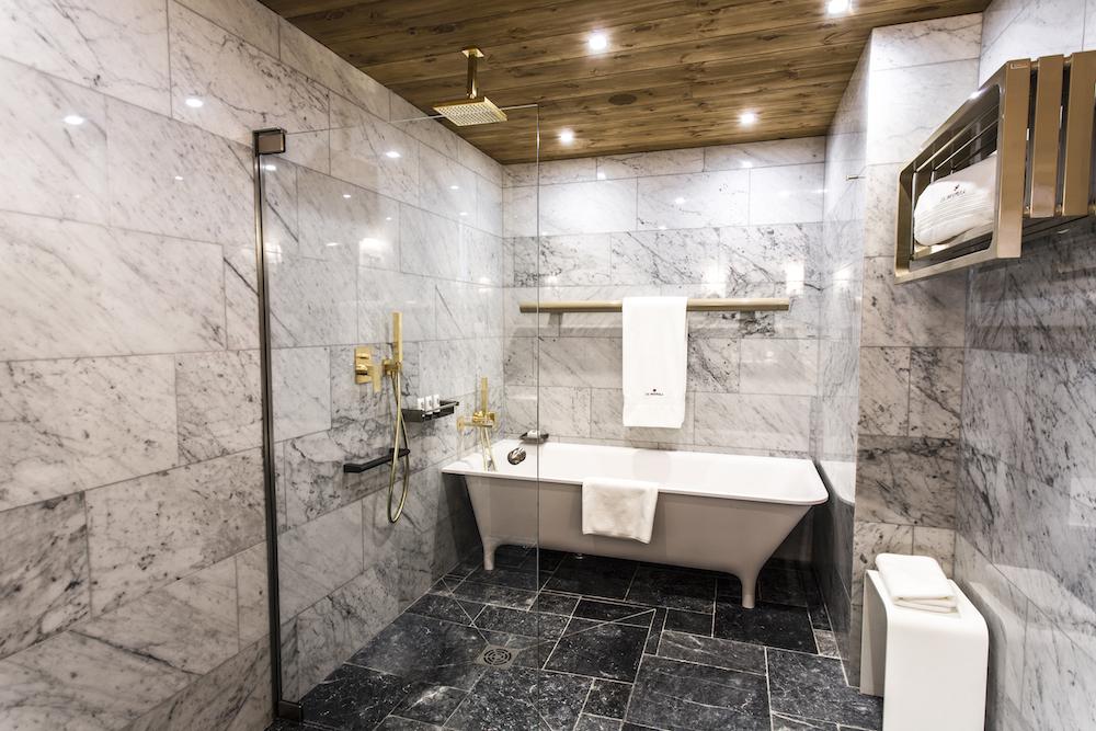 chalet-ambre_chambre-1_salle-de-bains