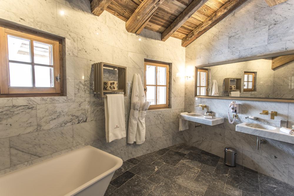 chalet-ambre_chambre-4-master_salle-de-bains