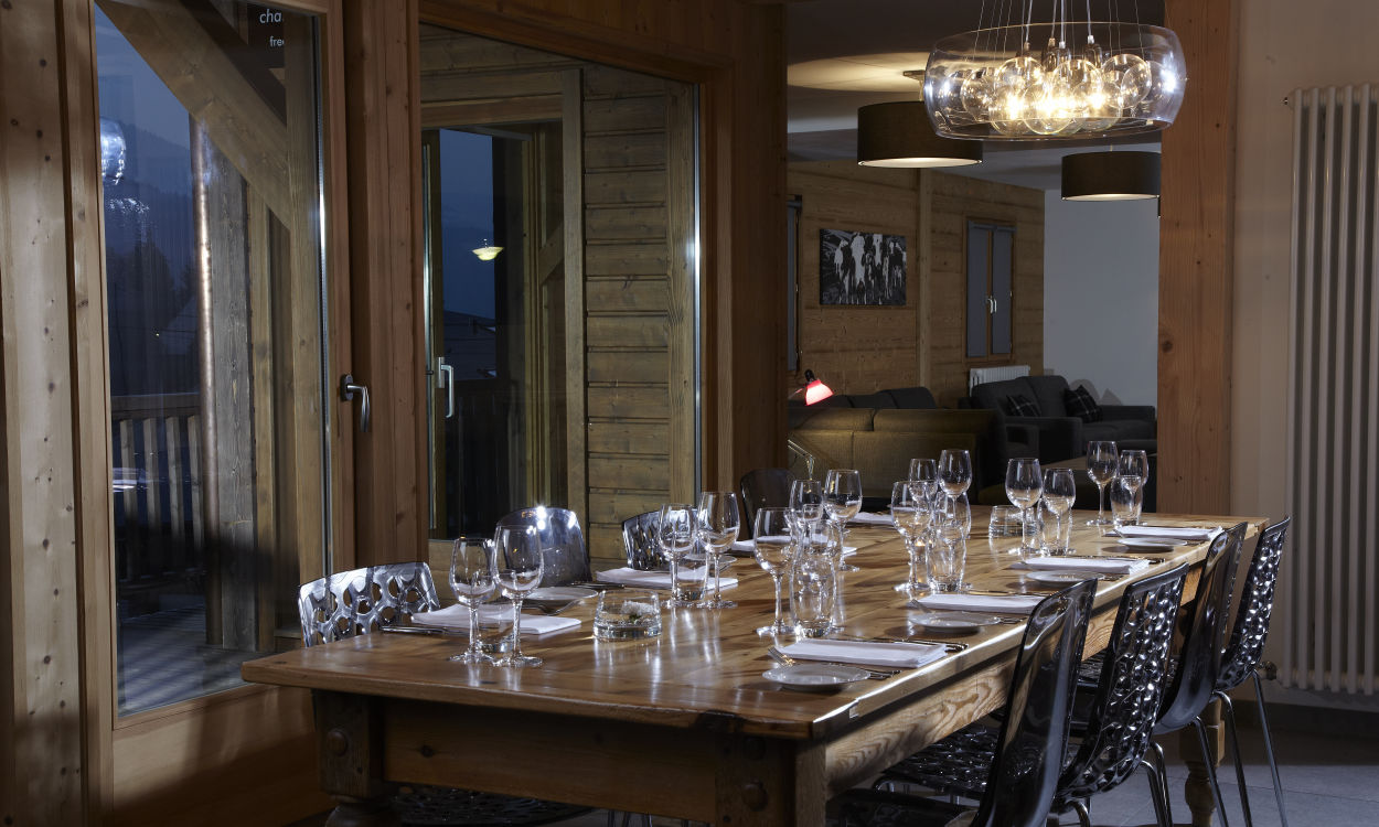 chalet-le-crepet-dining