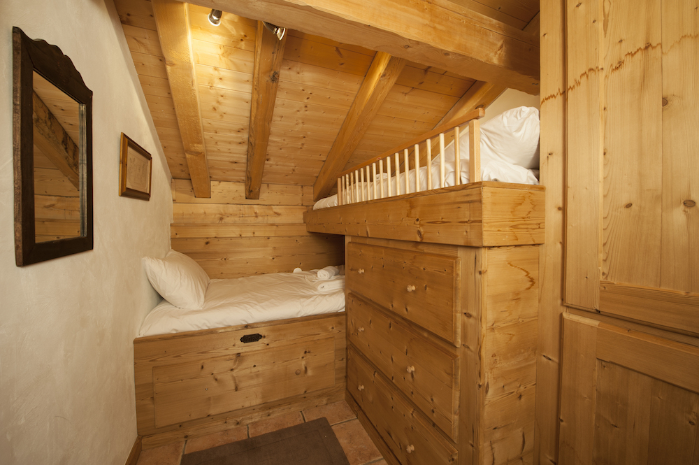 bunk-beds-in-bedroom-2-chalet-alexandria-sainte-foy-premiere-neige