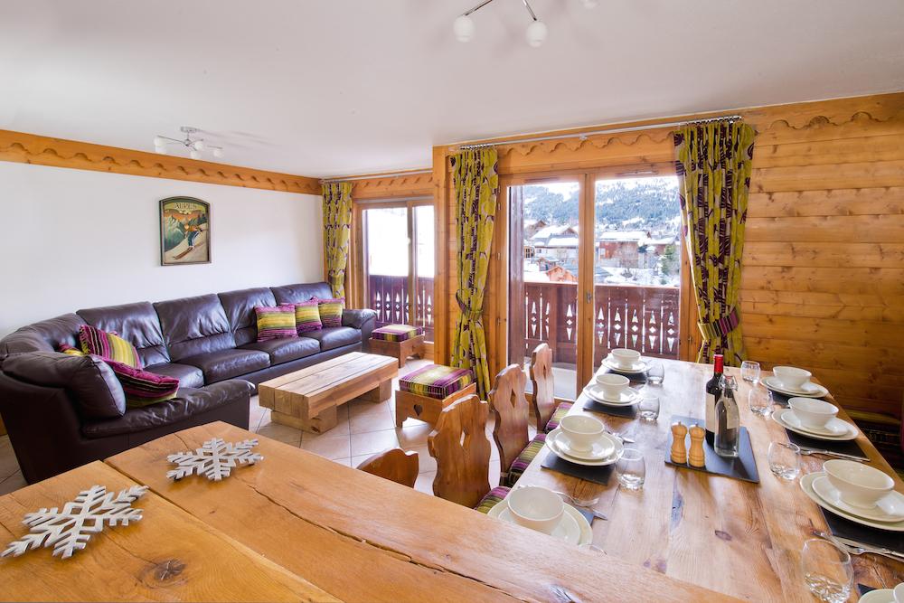 la_ferme_livingroom