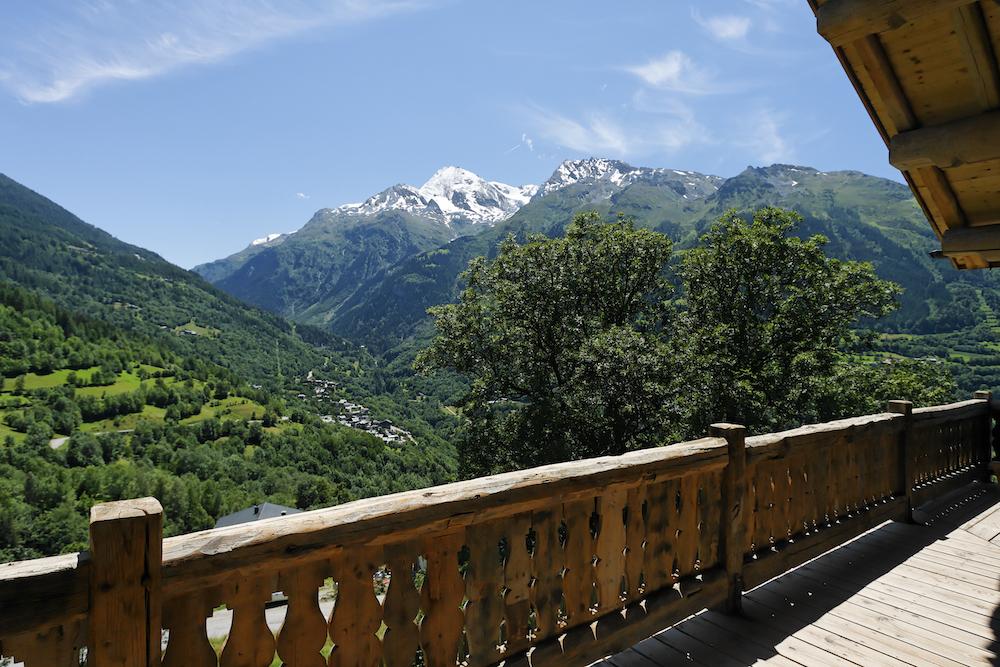 balcony-at-chalet-merlo-2
