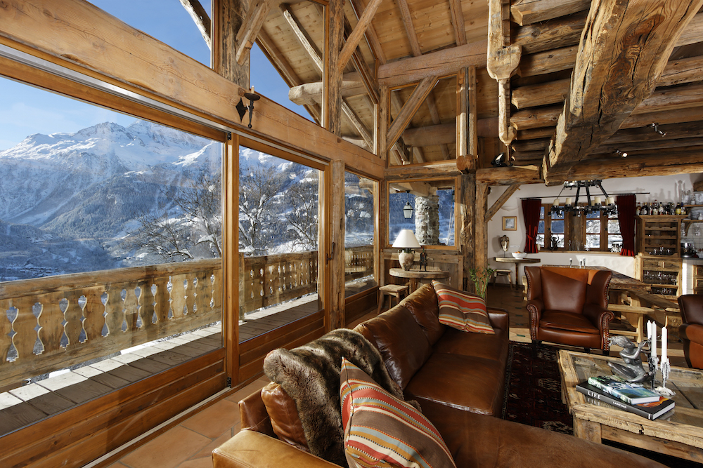 the-living-room-in-chalet-merlo-2