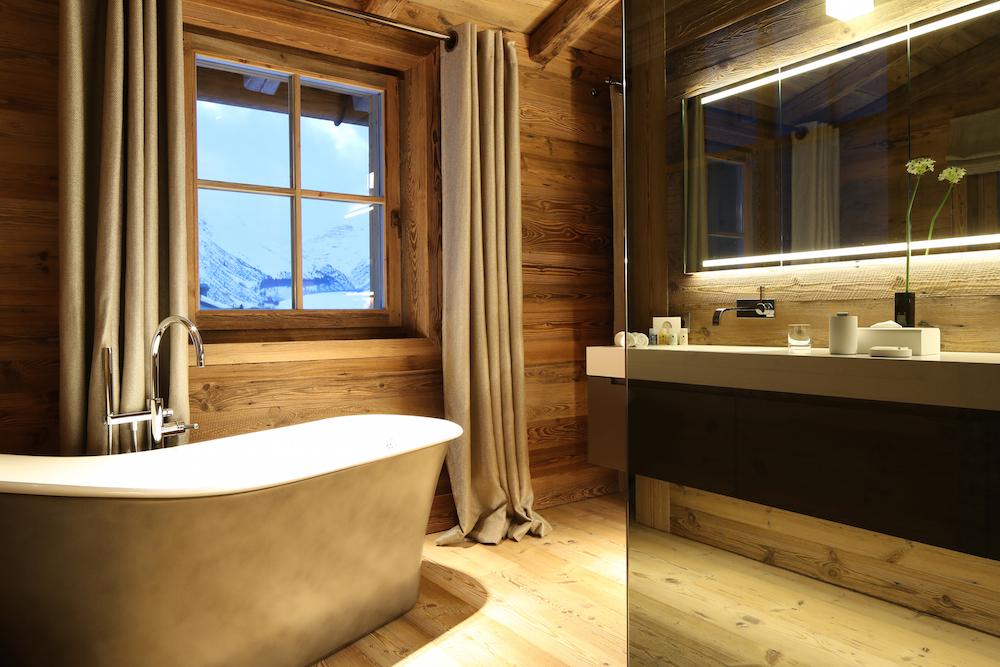 b21i0193b_residence_bathroom