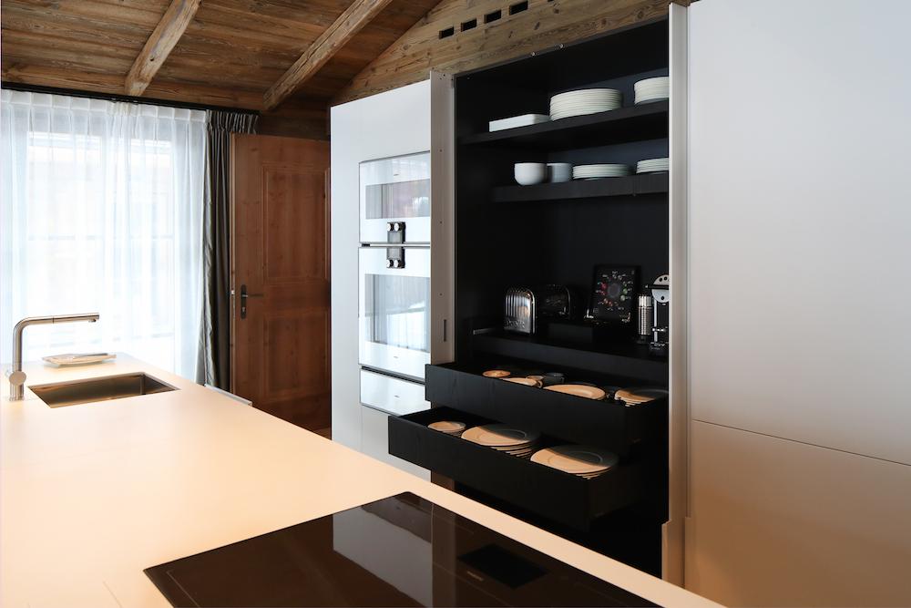 b21i95562_residence_kitchen