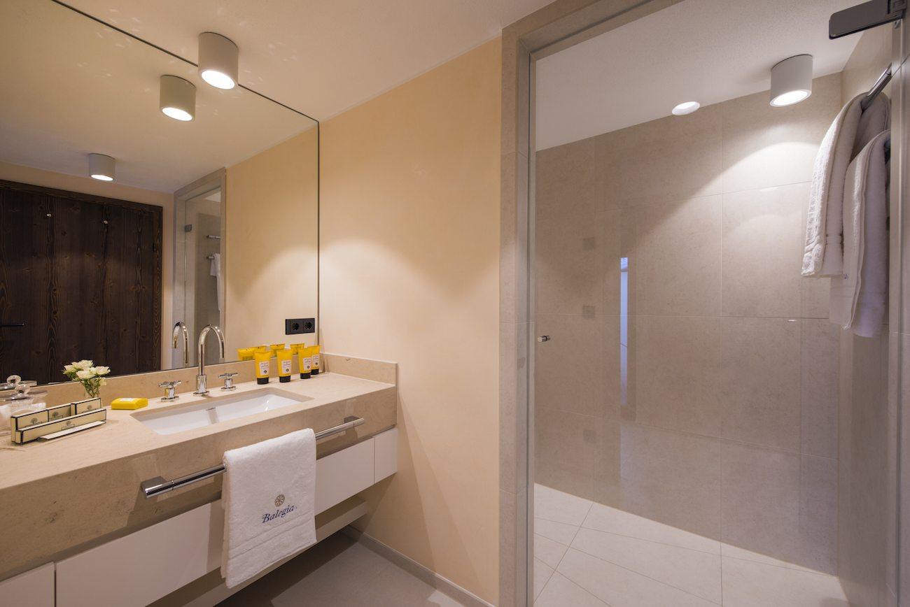 balegia-penthouse-8601