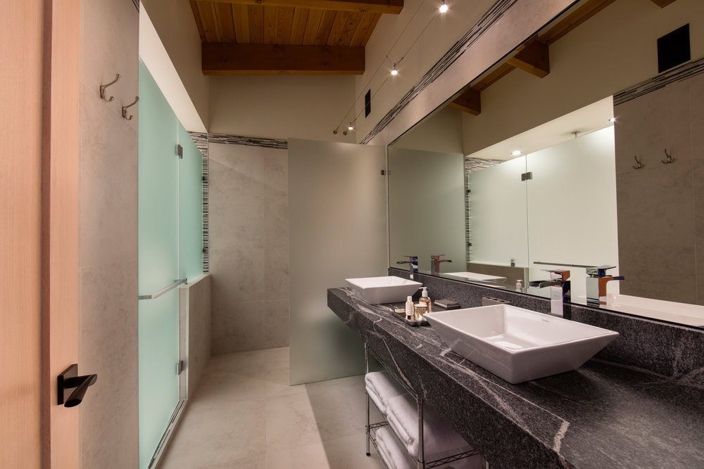 whiteworth-bathroom
