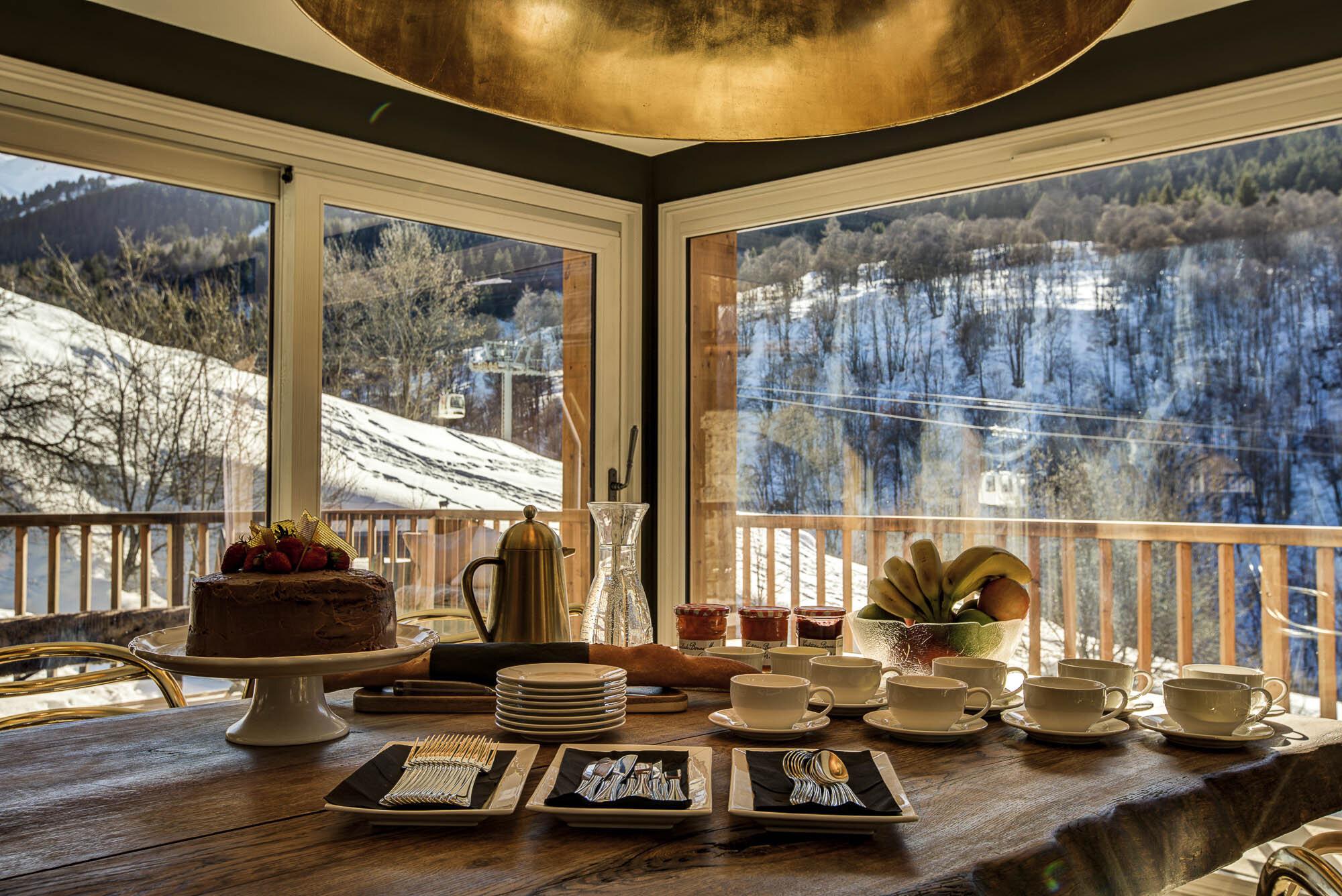 tg-ski-luxury-chalet-lightbowne-meribel-020-2