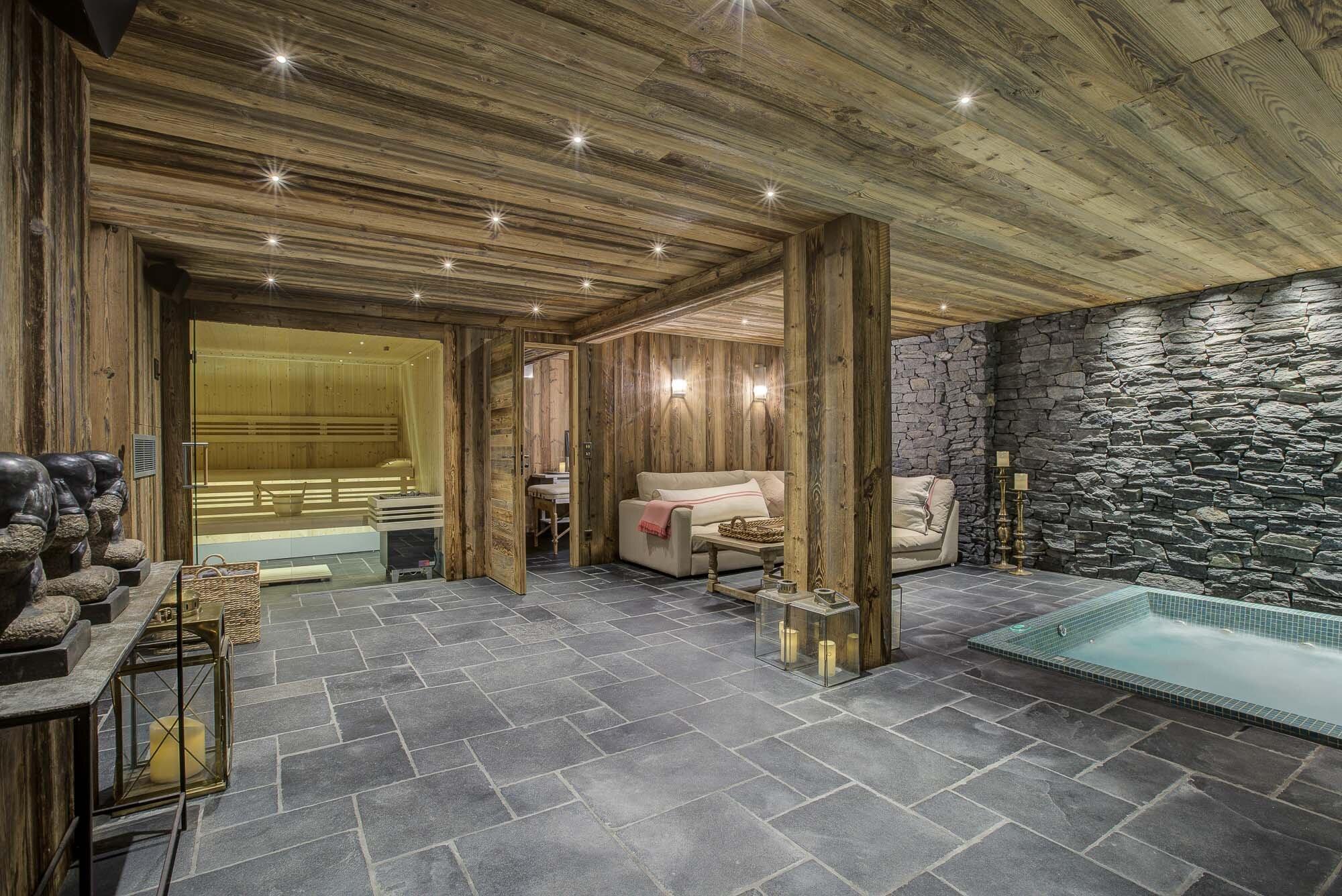 tg-ski-luxury-chalet-lightbowne-meribel-hot-tub-014-2