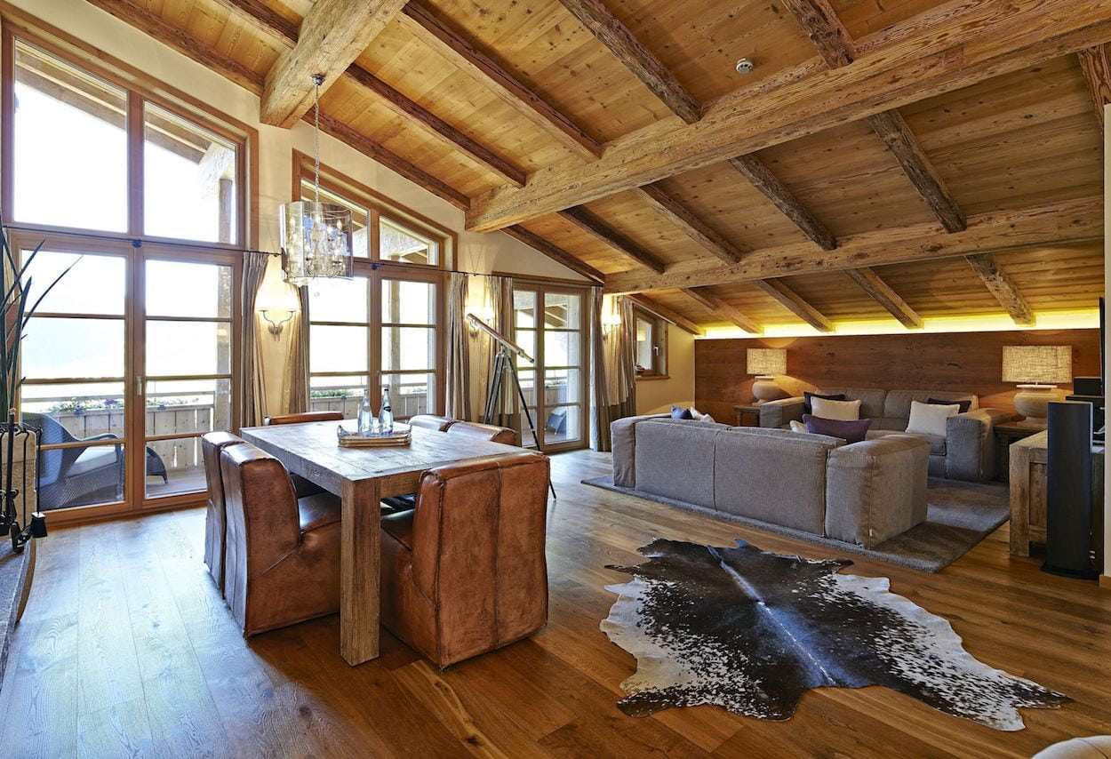 living-room-of-the-master-suite