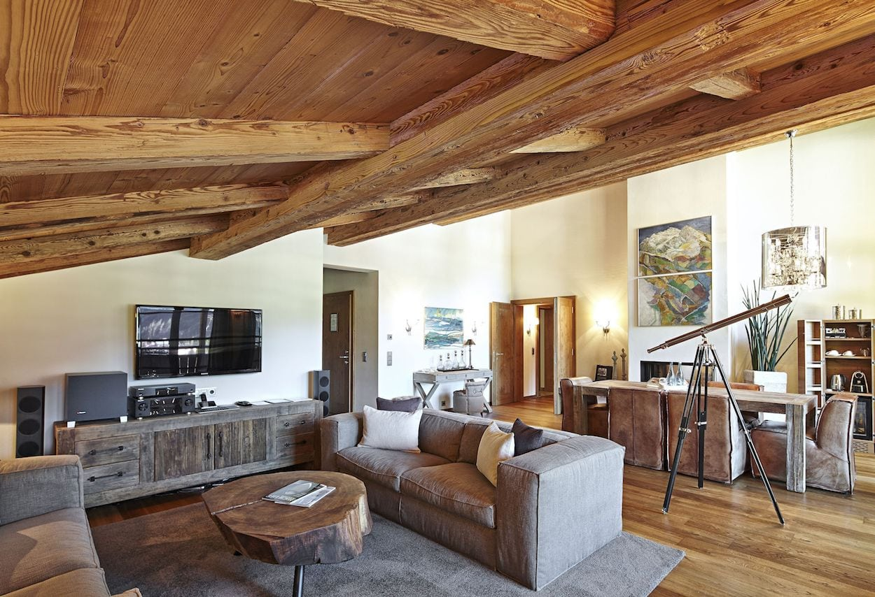 living-room-of-the-master-suite-2
