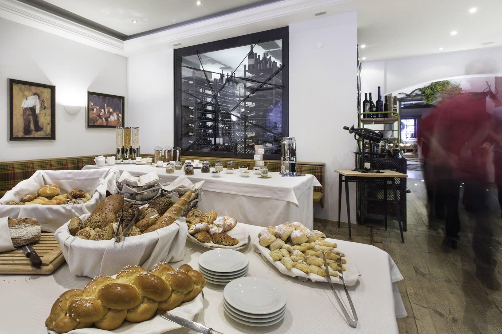 tyrolhotel-breakfast-14