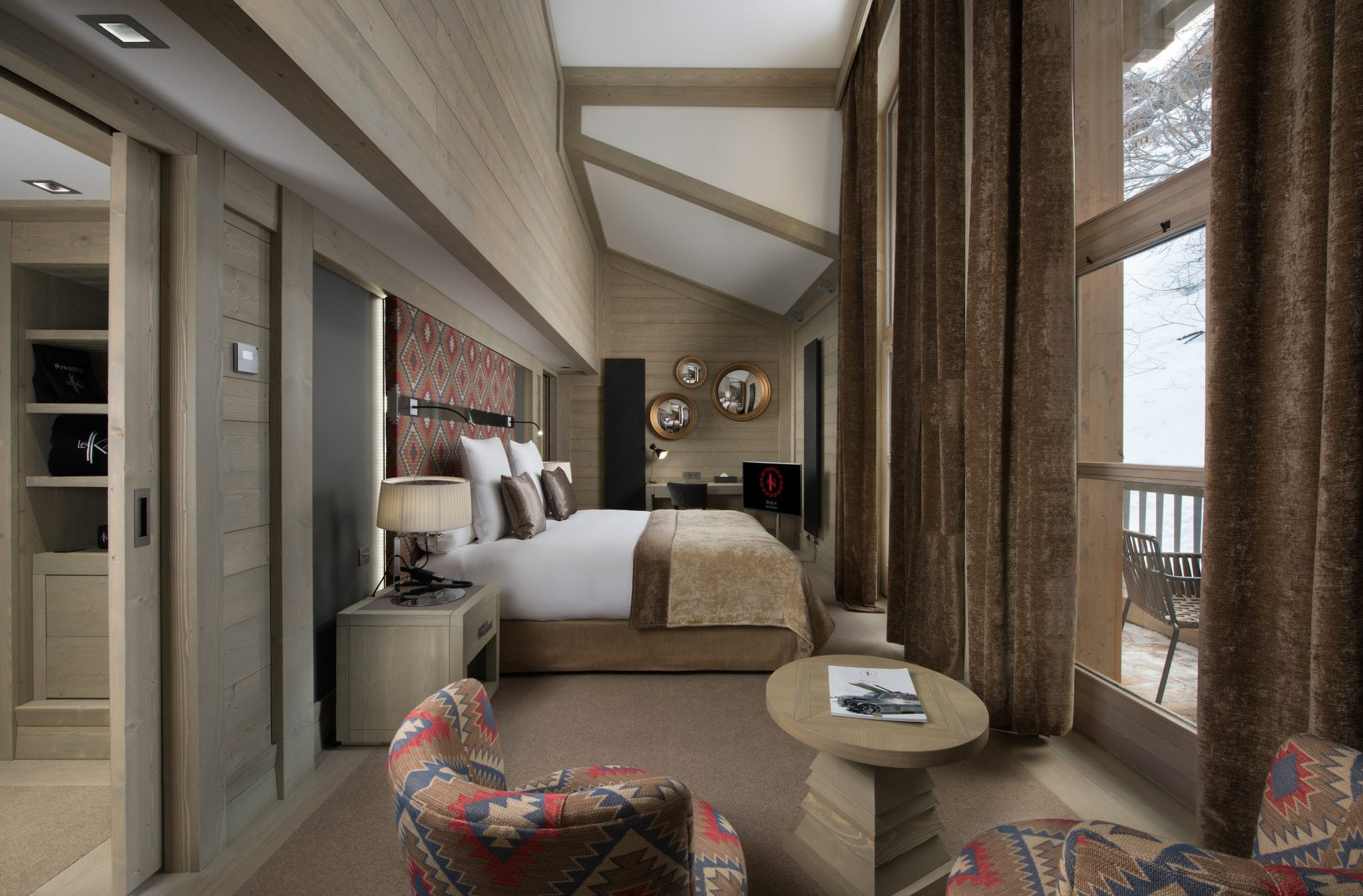 04-comfort-room-26