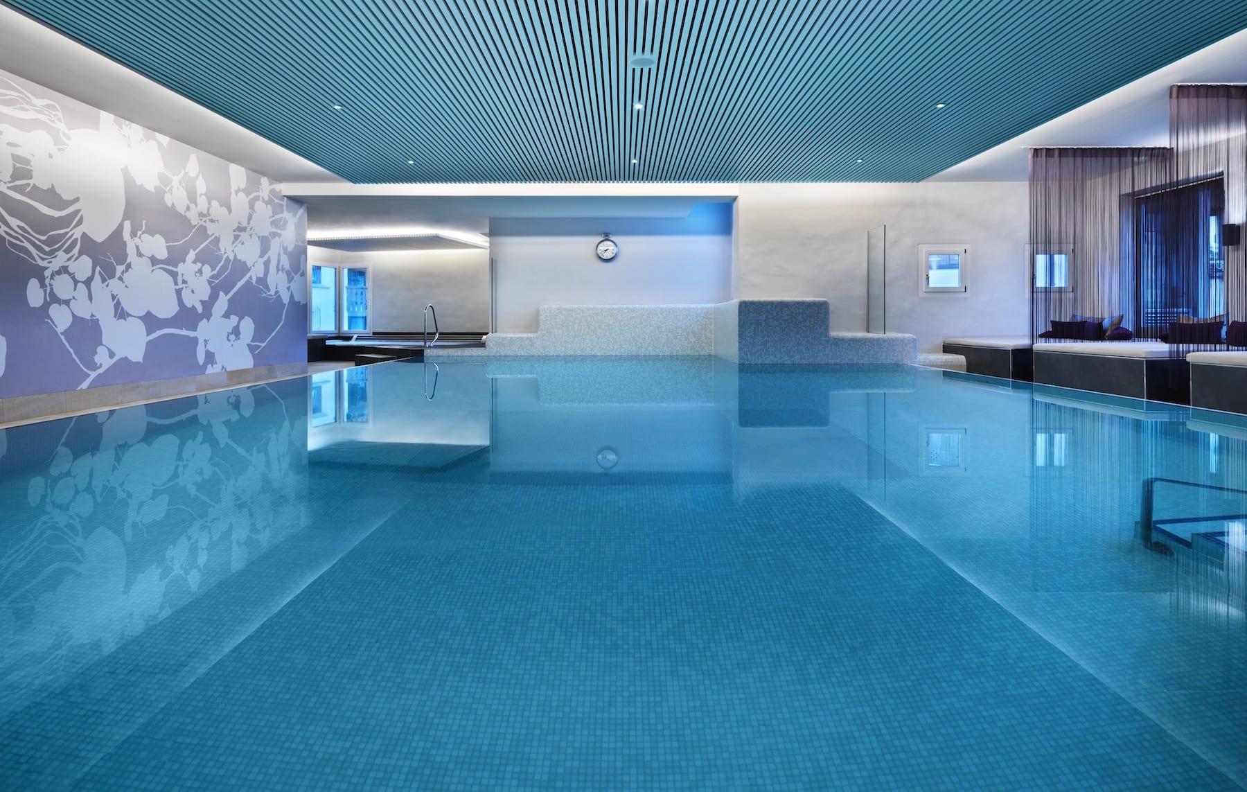 indoor_pool_01