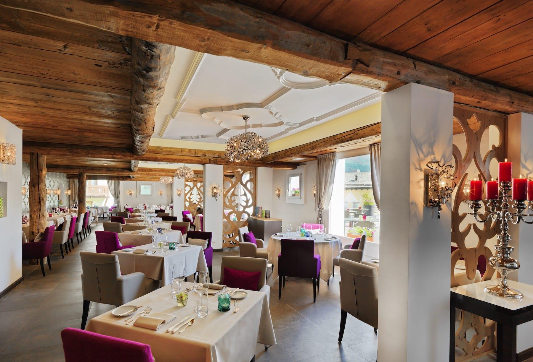 restaurant_hideseek_02
