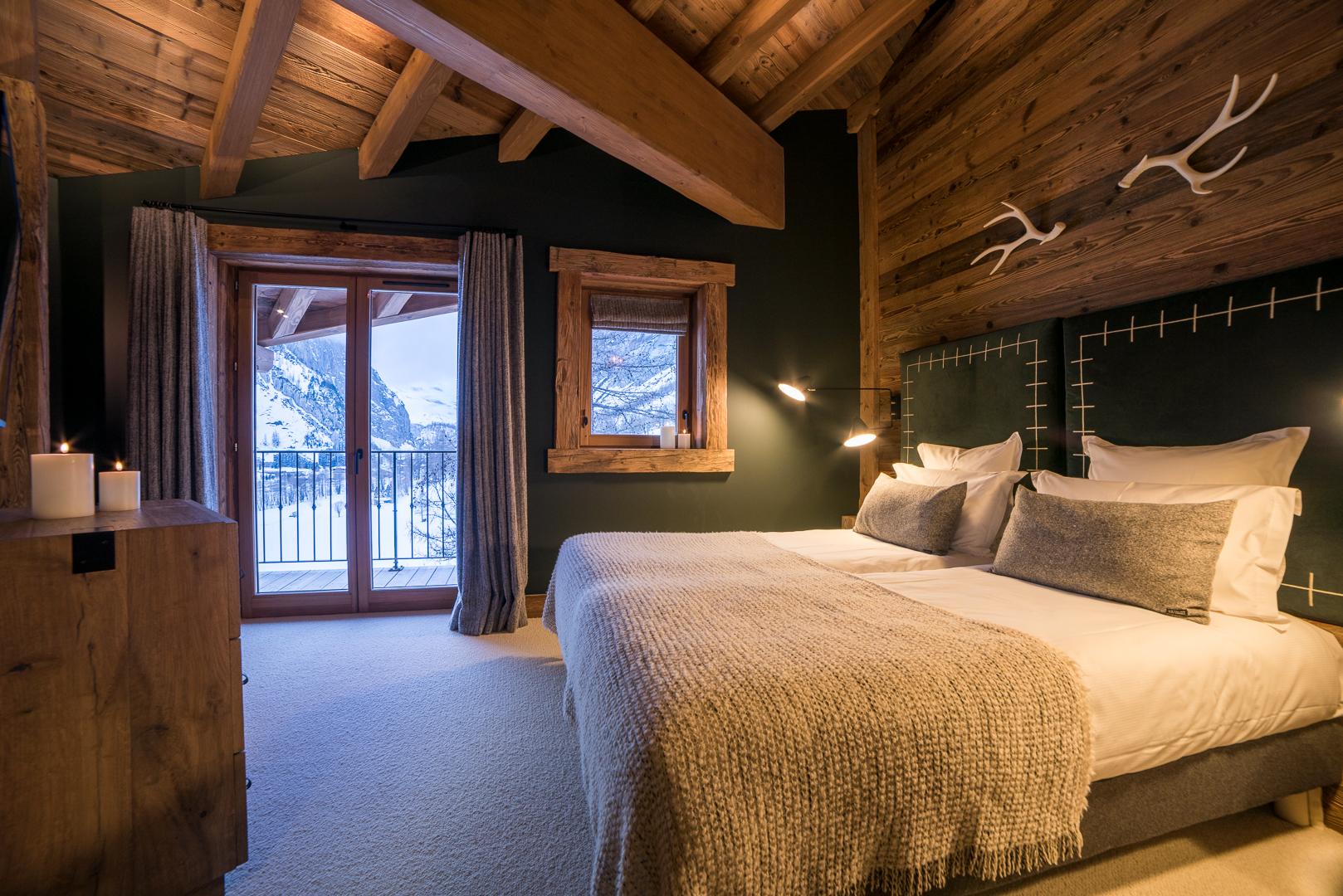 38-master-bedroom-5