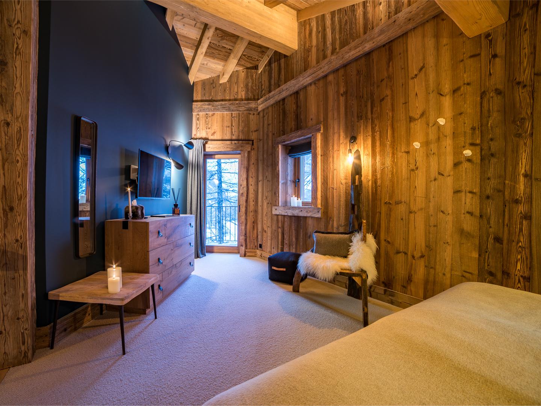 41-master-bedroom-6