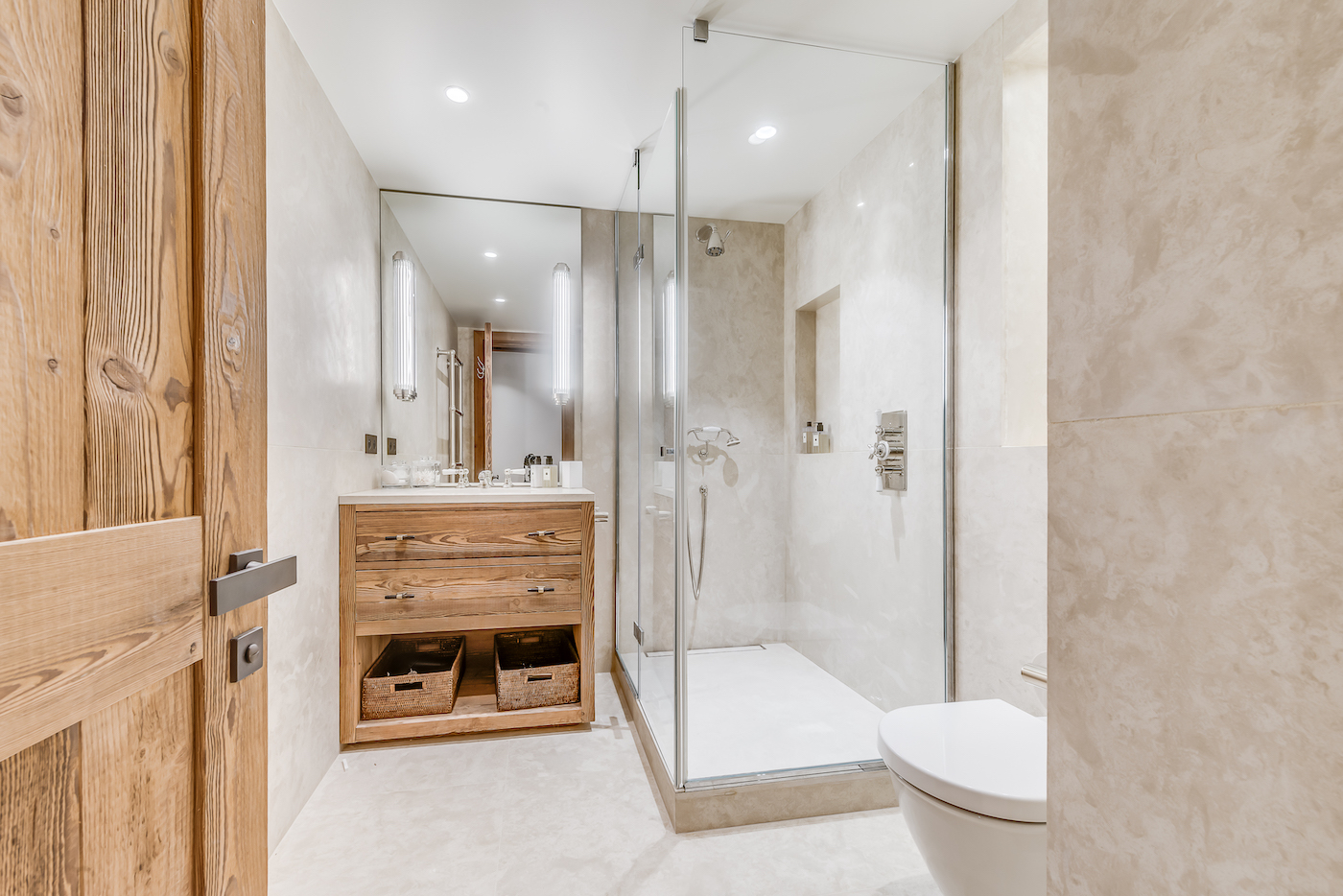 petit-chamois-bedroom-4-bathroom