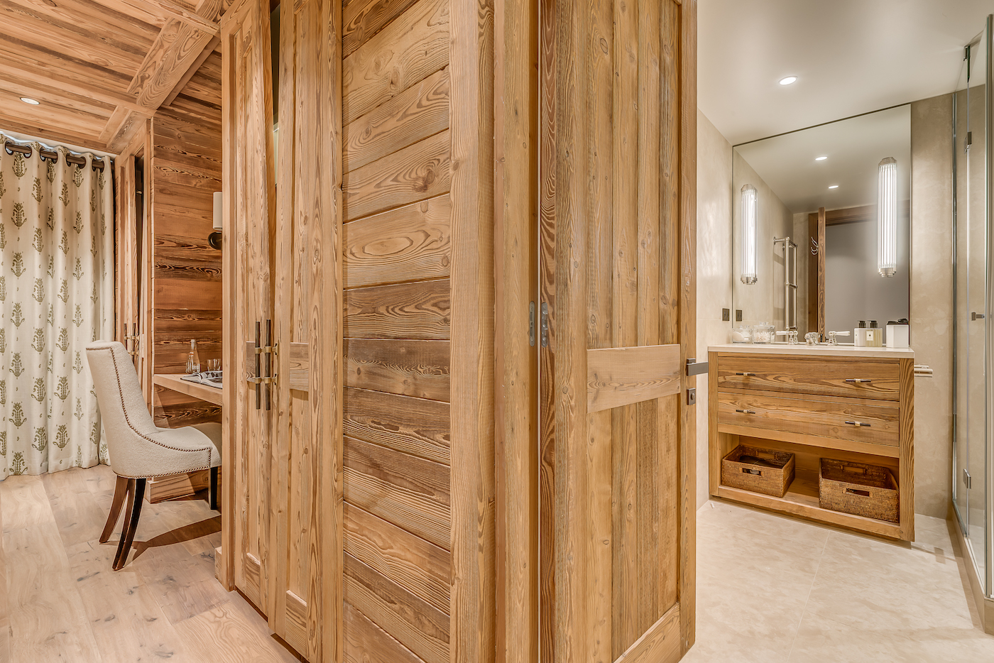 petit-chamois-bedroom-4a