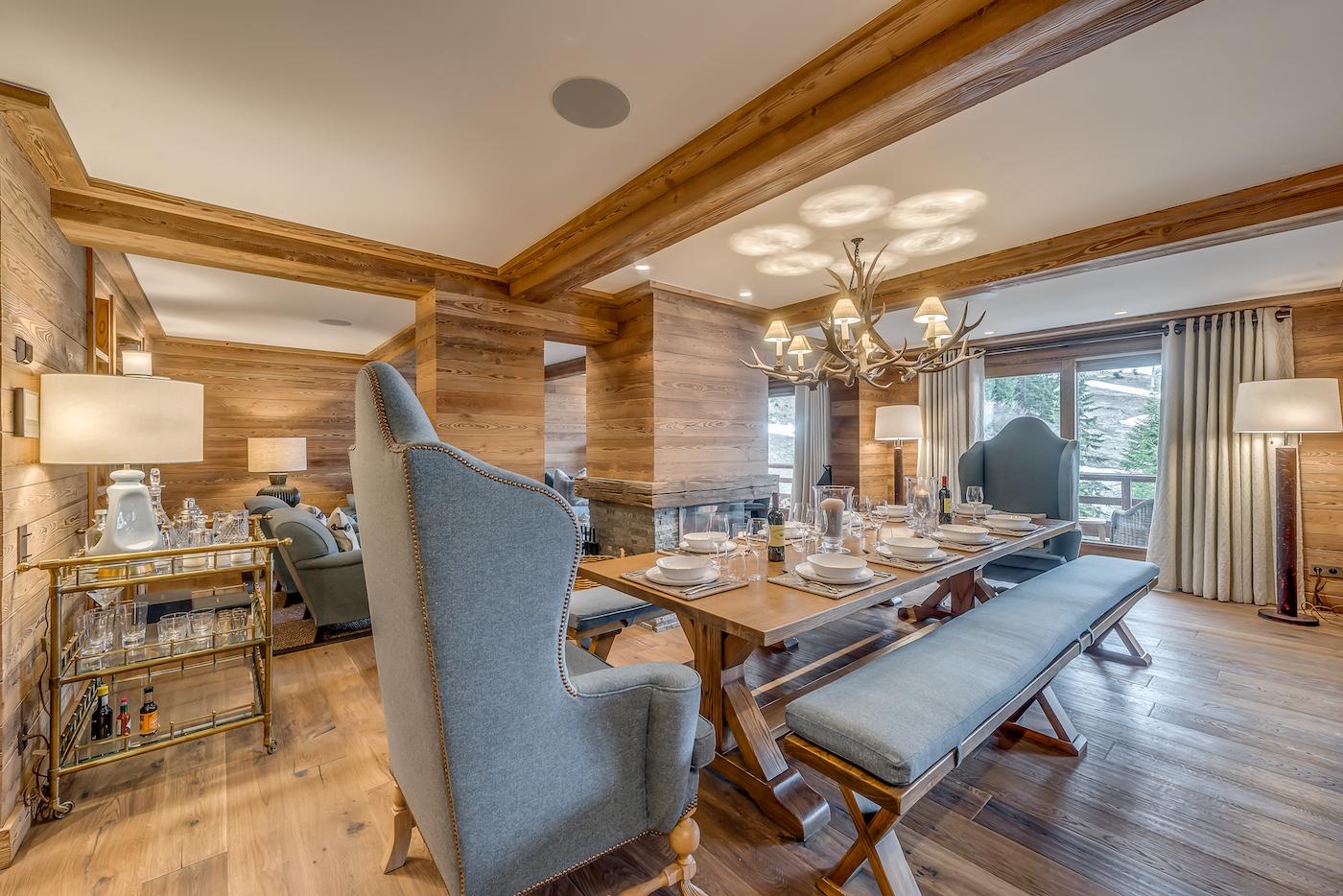 petit-chamois-dining-room
