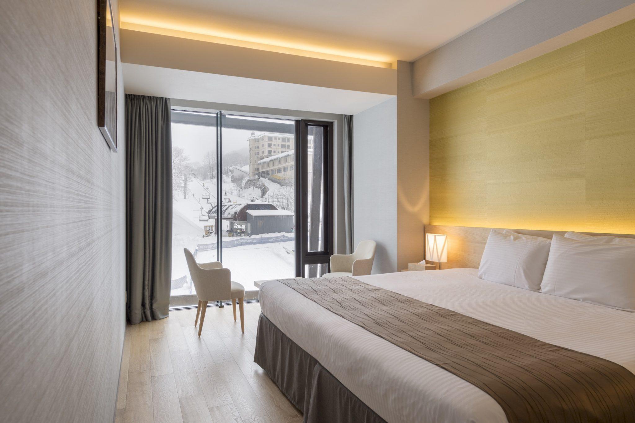 aya-niseko-2-bedroom-resort-view-winter-6