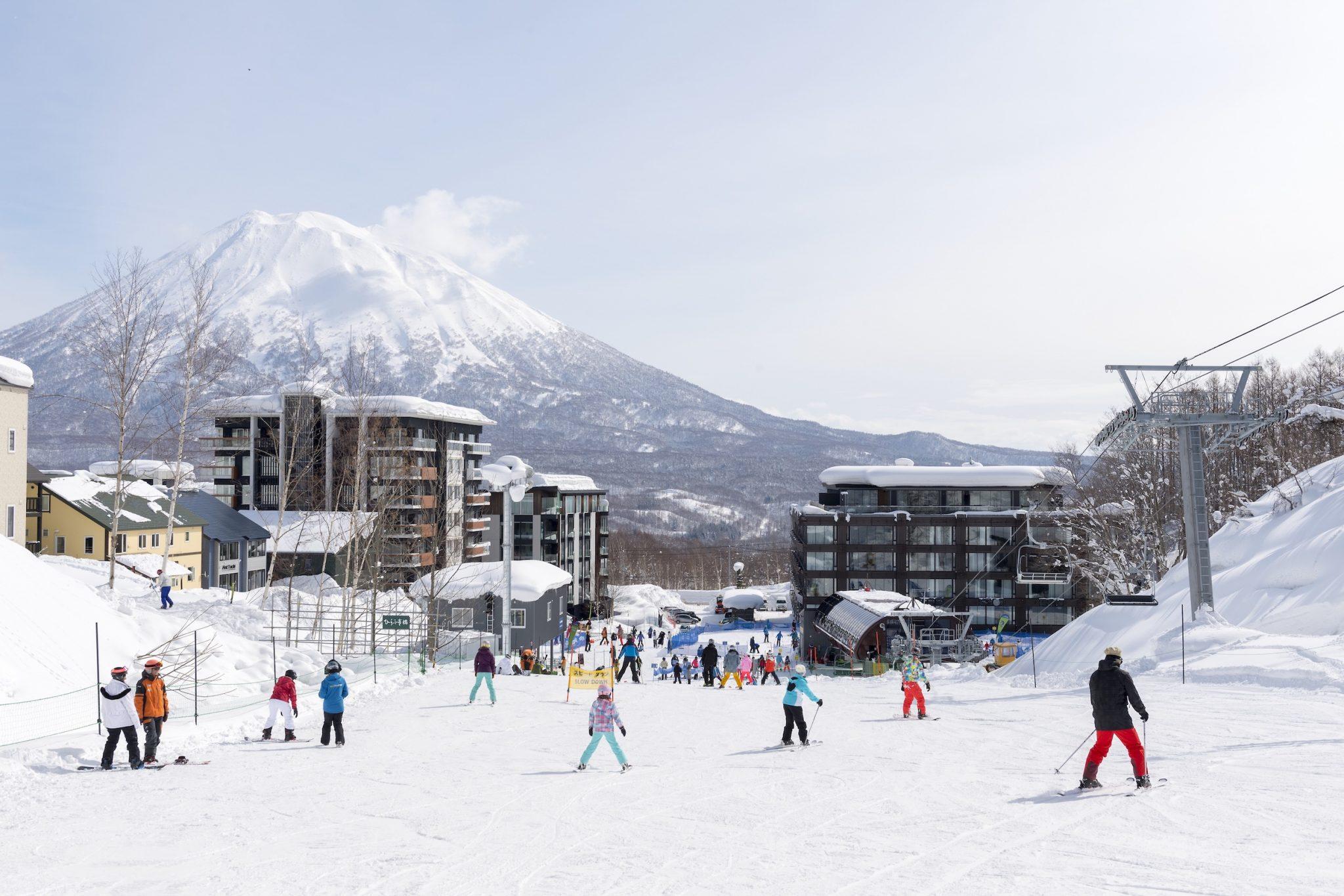 aya-niseko-exterior-winter-14