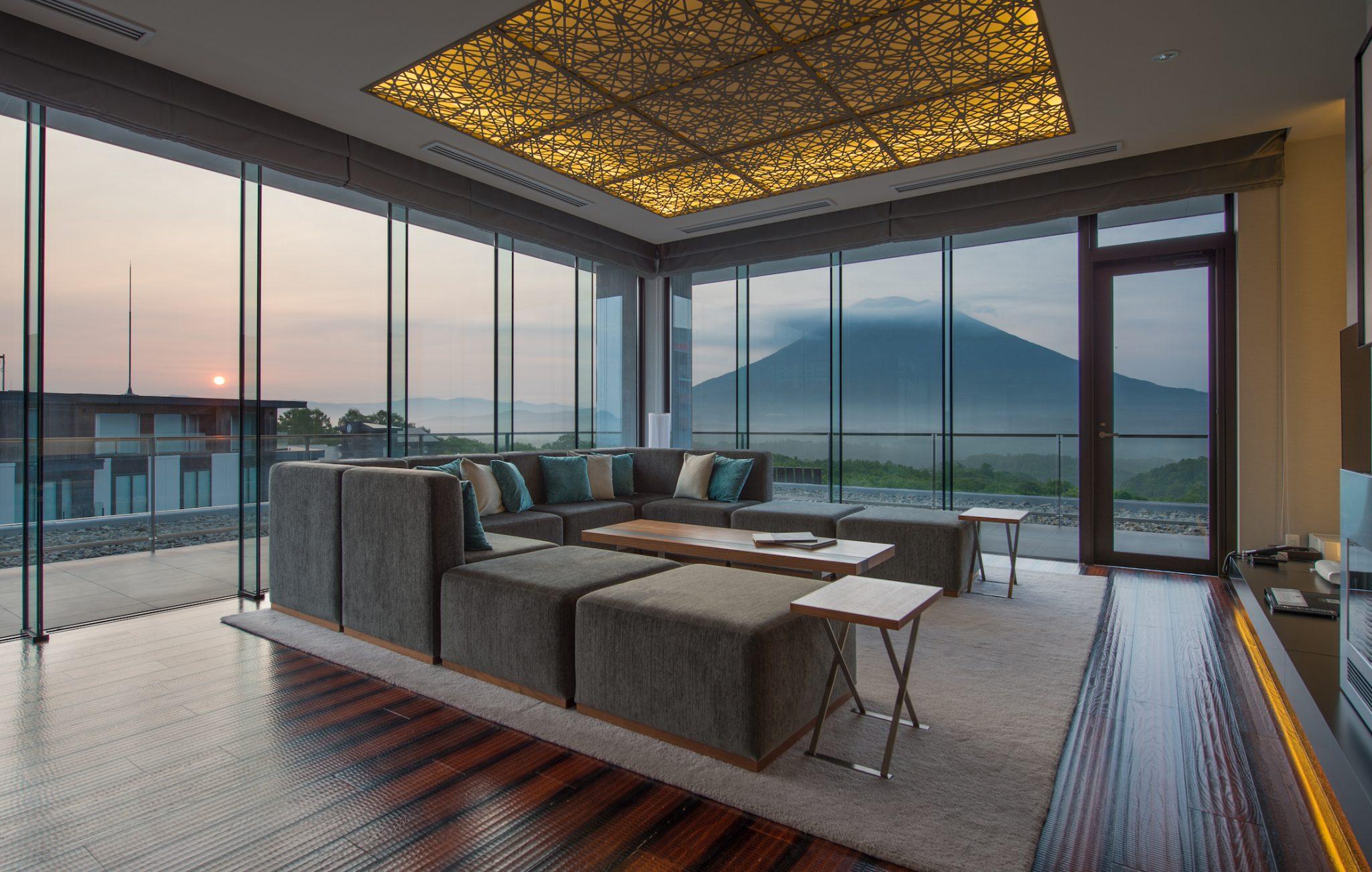 aya-niseko-penthouse-a-summer-1