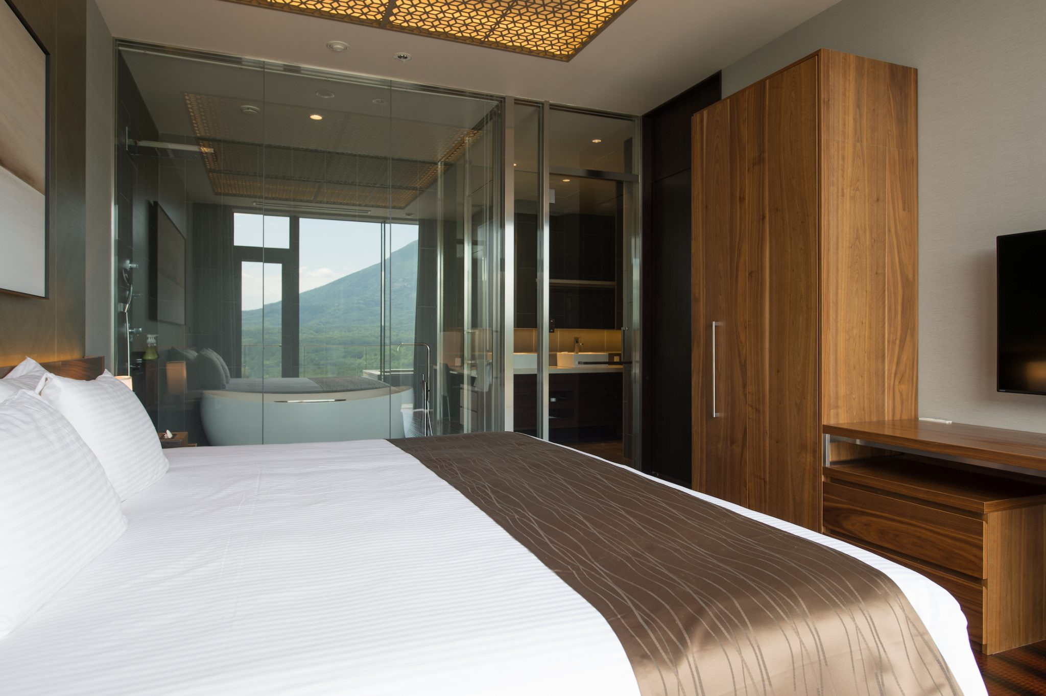 aya-niseko-penthouse-a-summer-6