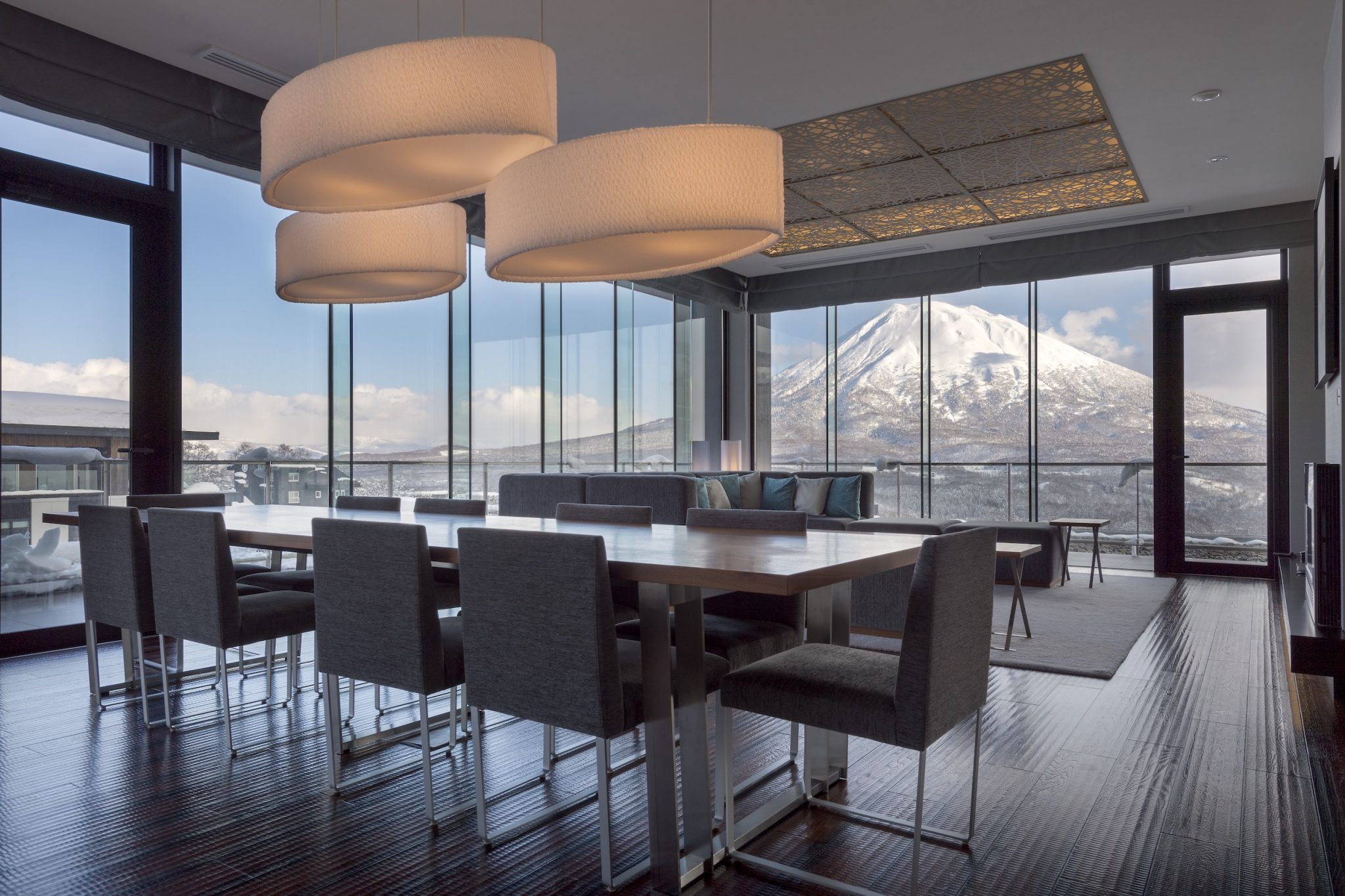 aya-niseko-penthouse-a-winter-1