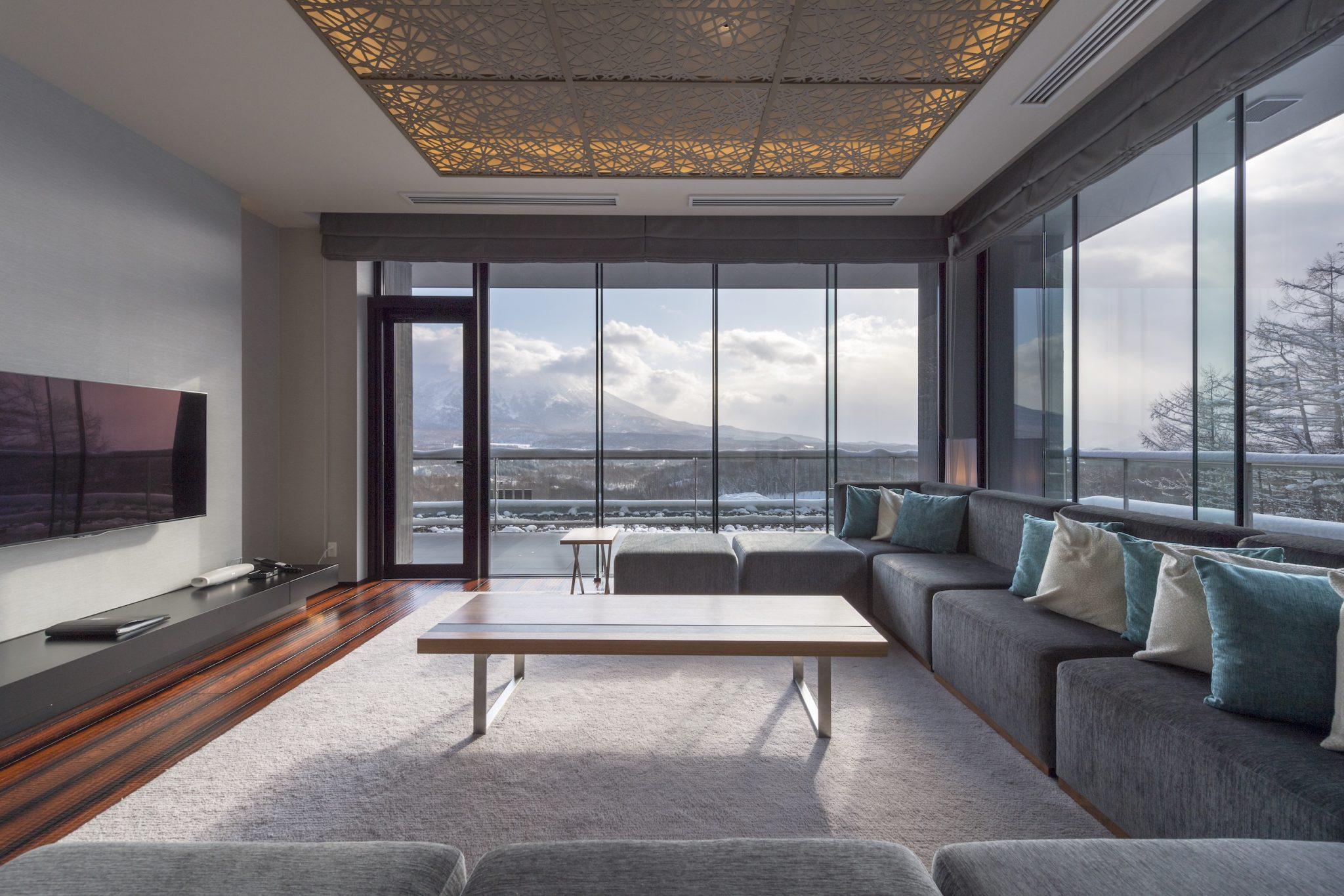aya-niseko-penthouse-b-winter-1