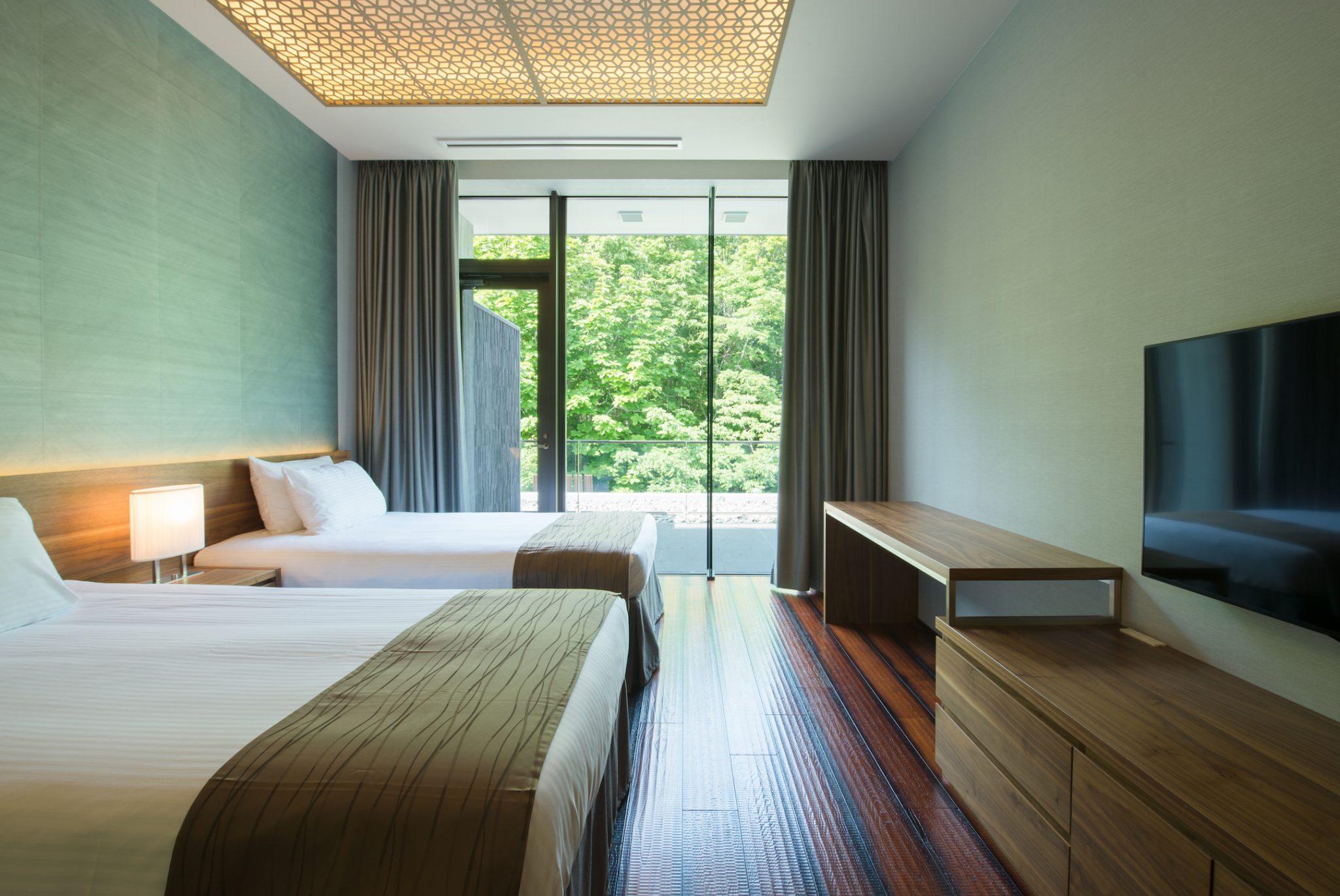 aya-niseko-penthouse-c-summer-2